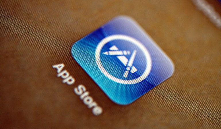 Apple Delays Requirement for App Transport Security